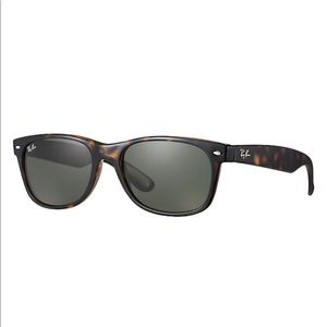 AUTHENTIC Ray-Ban New Wayfarer Classic